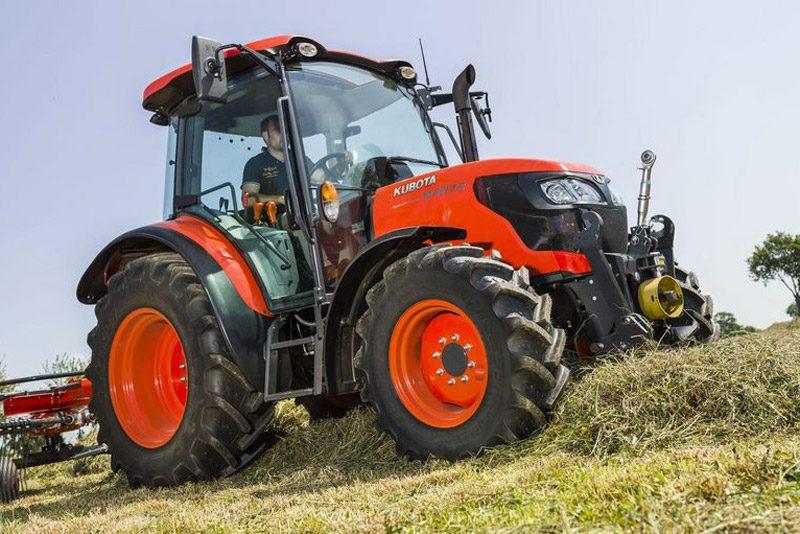 Kubota M4002 Traktor